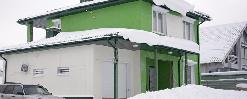 Фотографии готовых домов. МС-191 фасад, вид с угла с гаражом